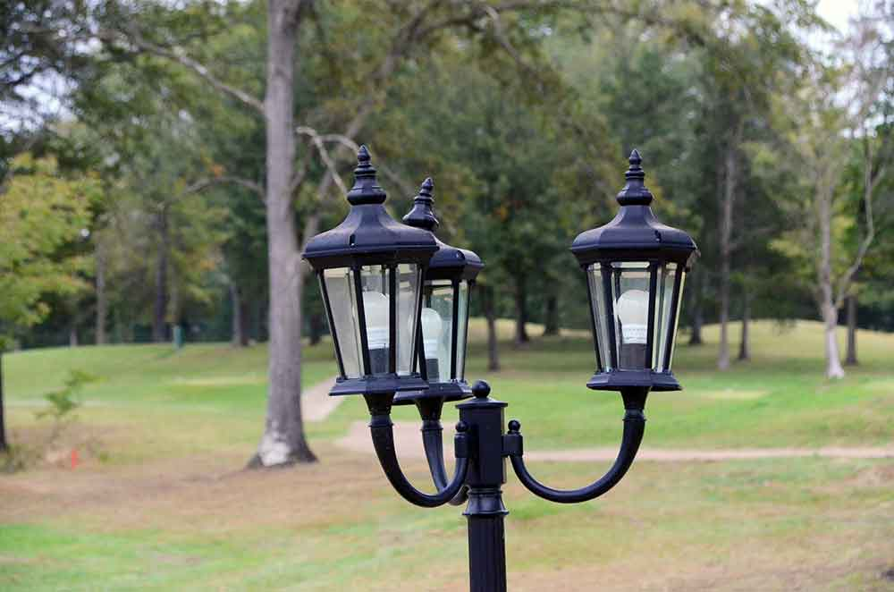 The-Legends-Country-Club,-St-Louis,-MO-Lamp