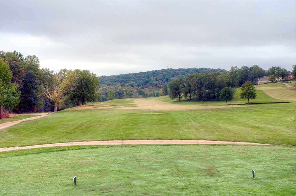 The-Legends-Country-Club,-St-Louis,-MO-Tee