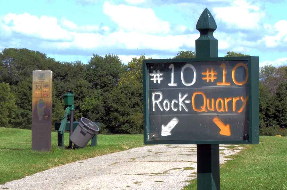 The-Quarry-at-Country-Creek-Golf-Club,-Pleasant-Hill,-MO-Sign