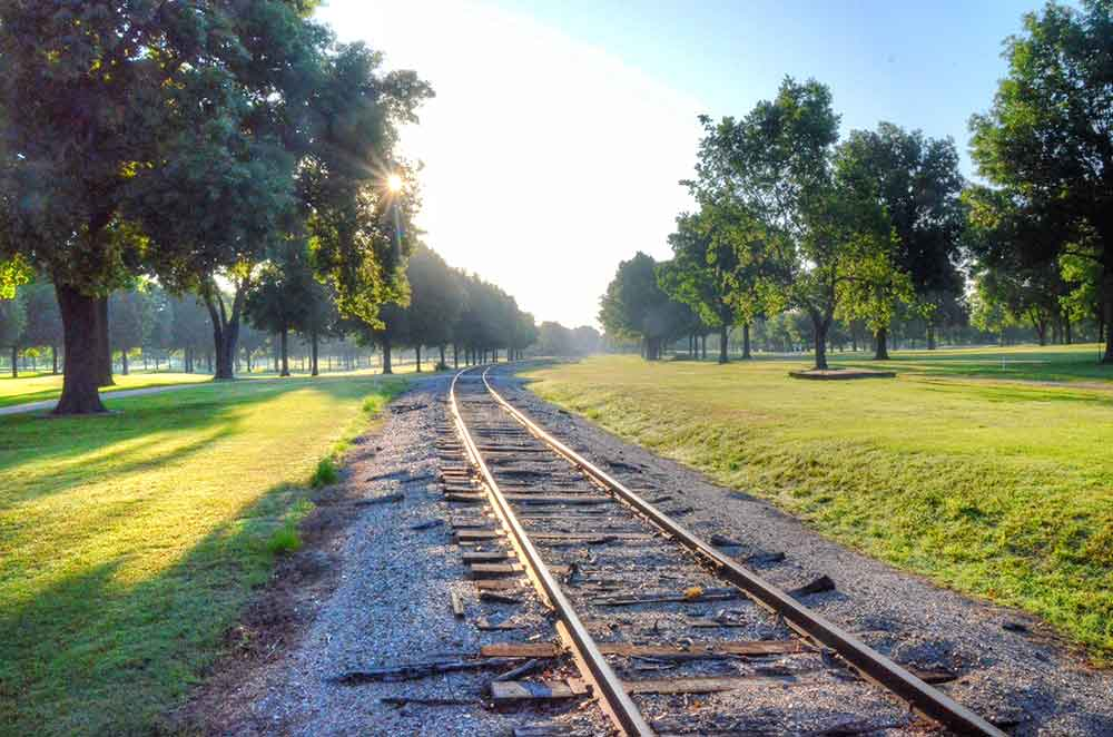 Twin-Hills-Country-Club,-Joplin,-MO-Train-Tracks