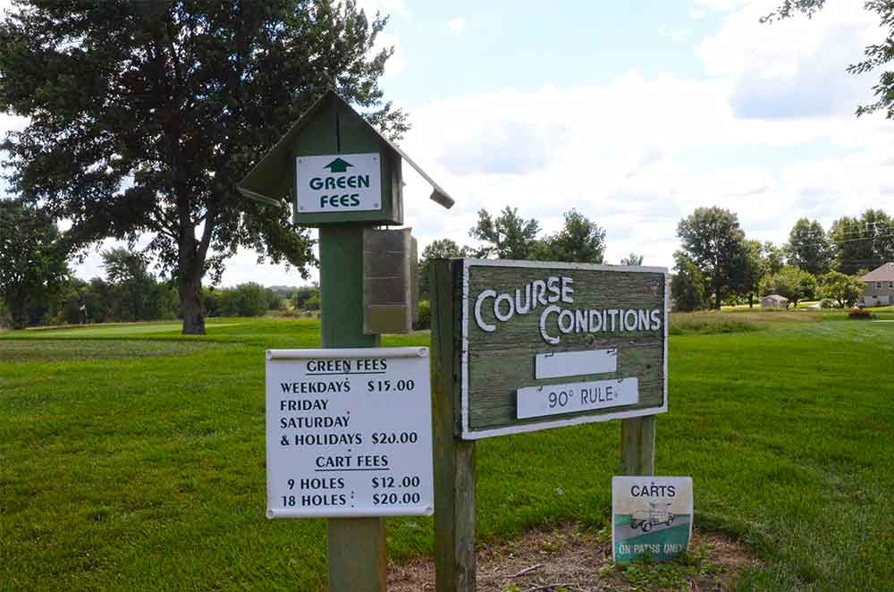 Twin-Pines-Country-Club,-Harrisonville,-MO-First-Hole