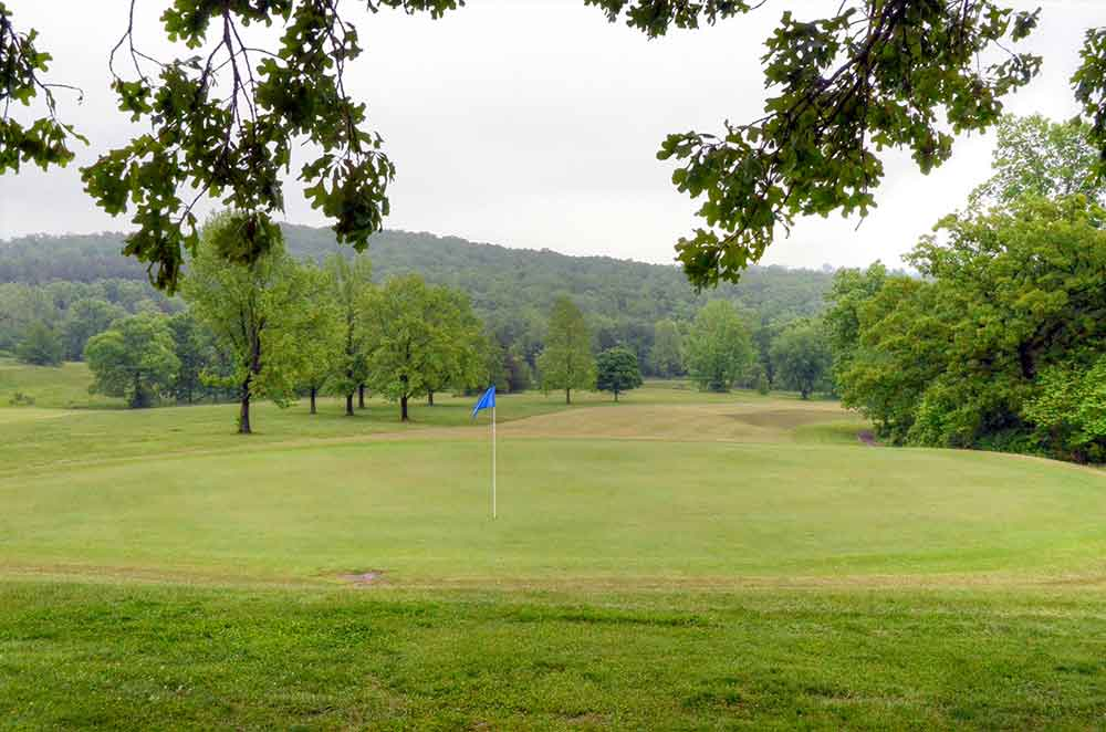 Viburnum-Golf-and-Country-Club,-Viburnum,-MO-Green