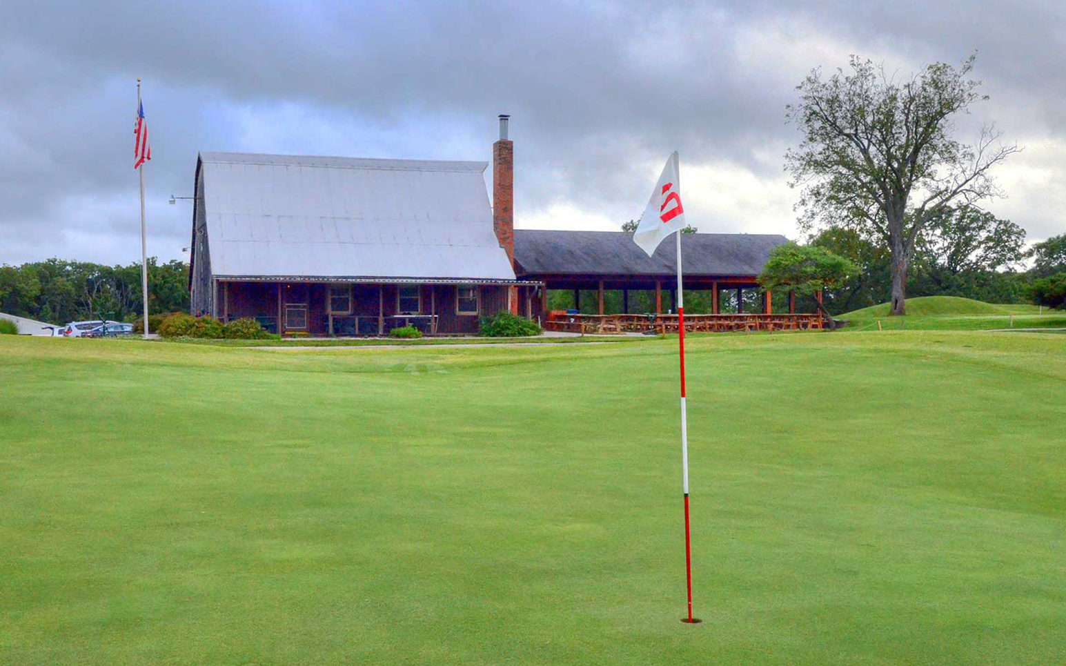 Warrenton-Golf-Course,-Warrenton,-MO--Club-House