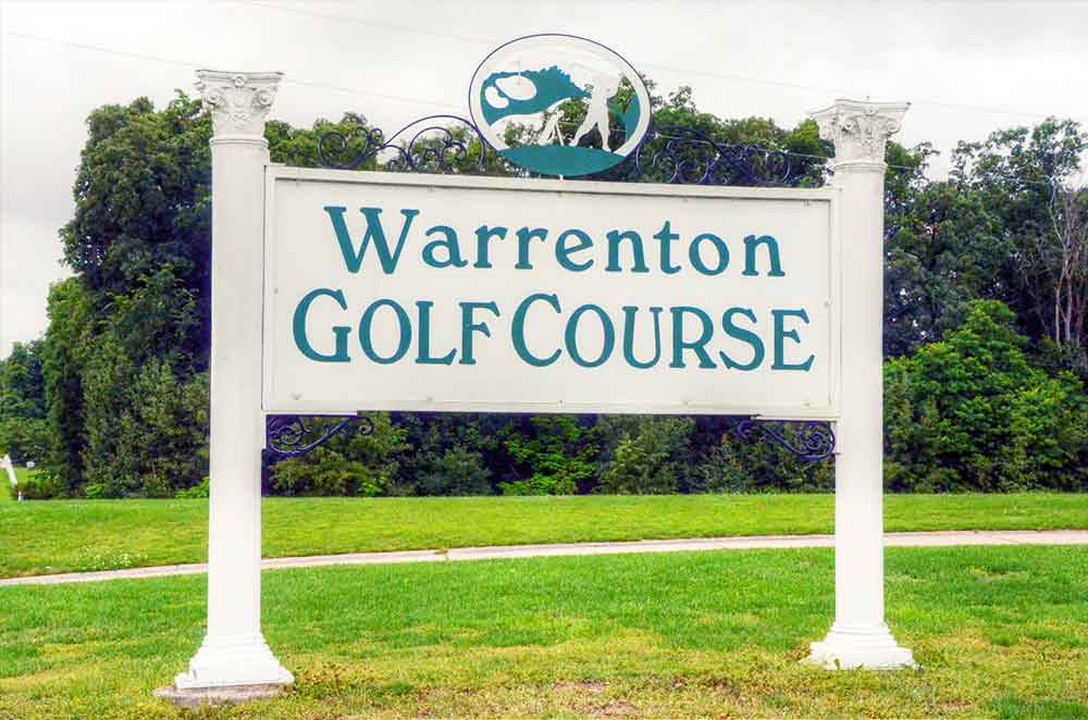 Warrenton-Golf-Course,-Warrenton,-MO--Sign