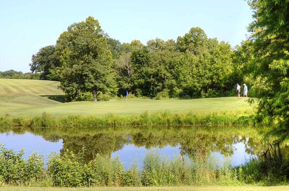 Wolf-Hollow-Golf-Club,-Labadie,-MO-lake