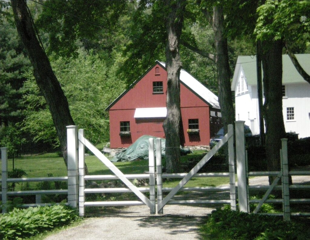 New Hampshire Entry Gate With Granite Posts
