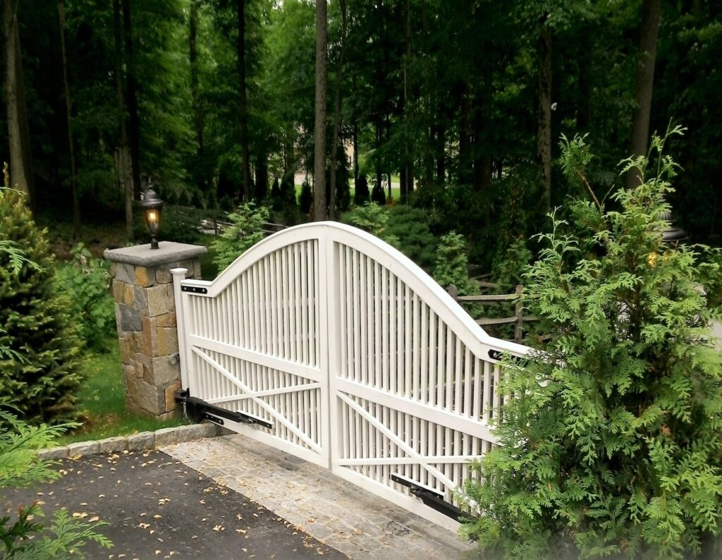 White Wood Entry Gate