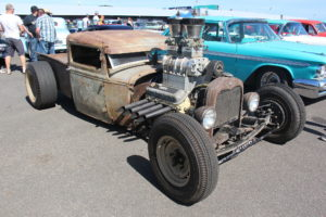 The Old-Fashioned Rat Rod Is Popular Again Today