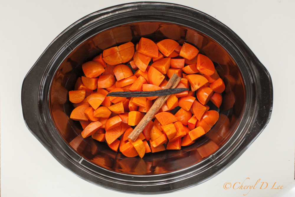 Persimmons, Cinnamon and Vanilla in Slow Cooker