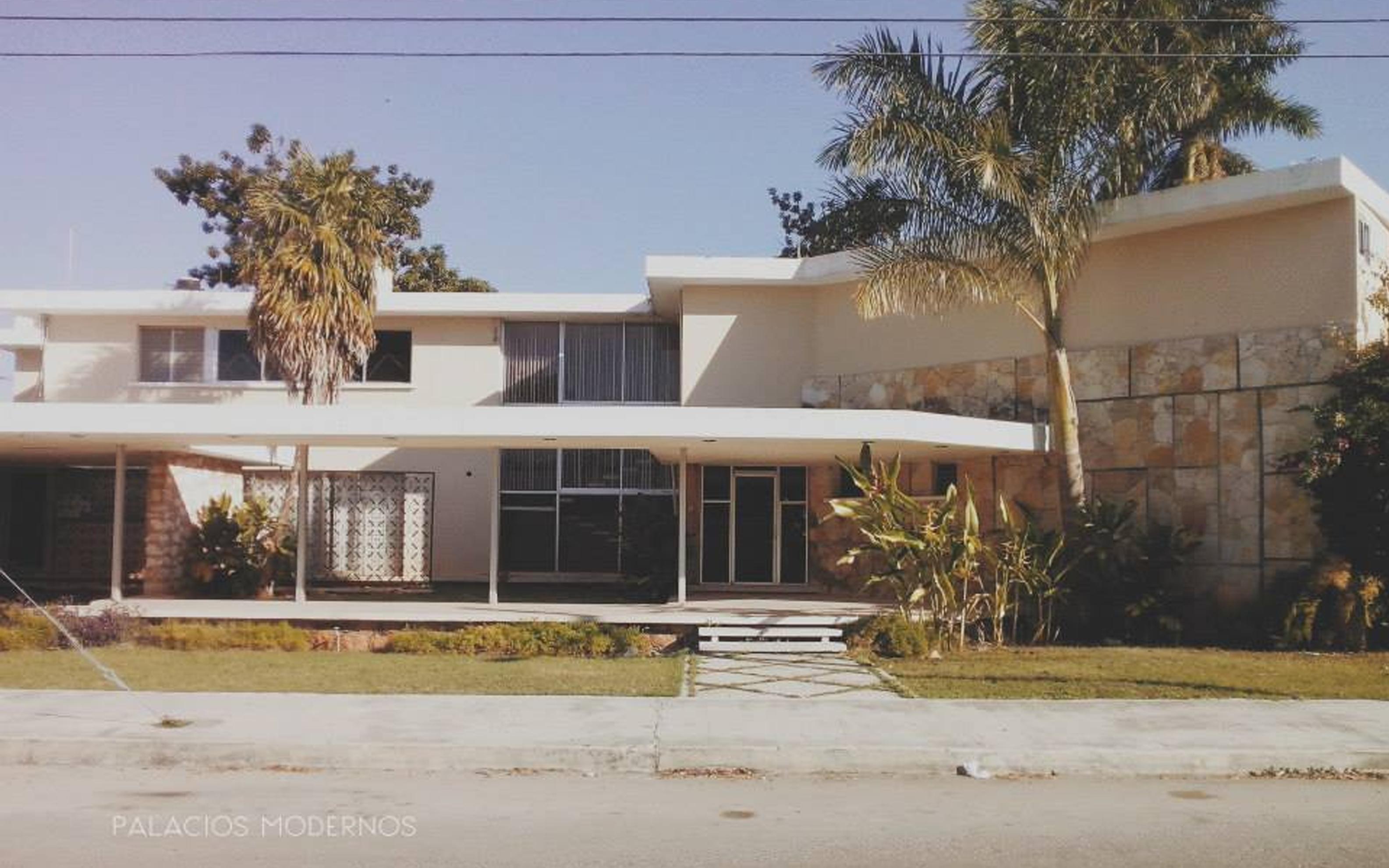 Casa de la Colonia México en la Calle 19, puede ver más del trabajo fotográfico en el Facebook de Palacios Modernos.