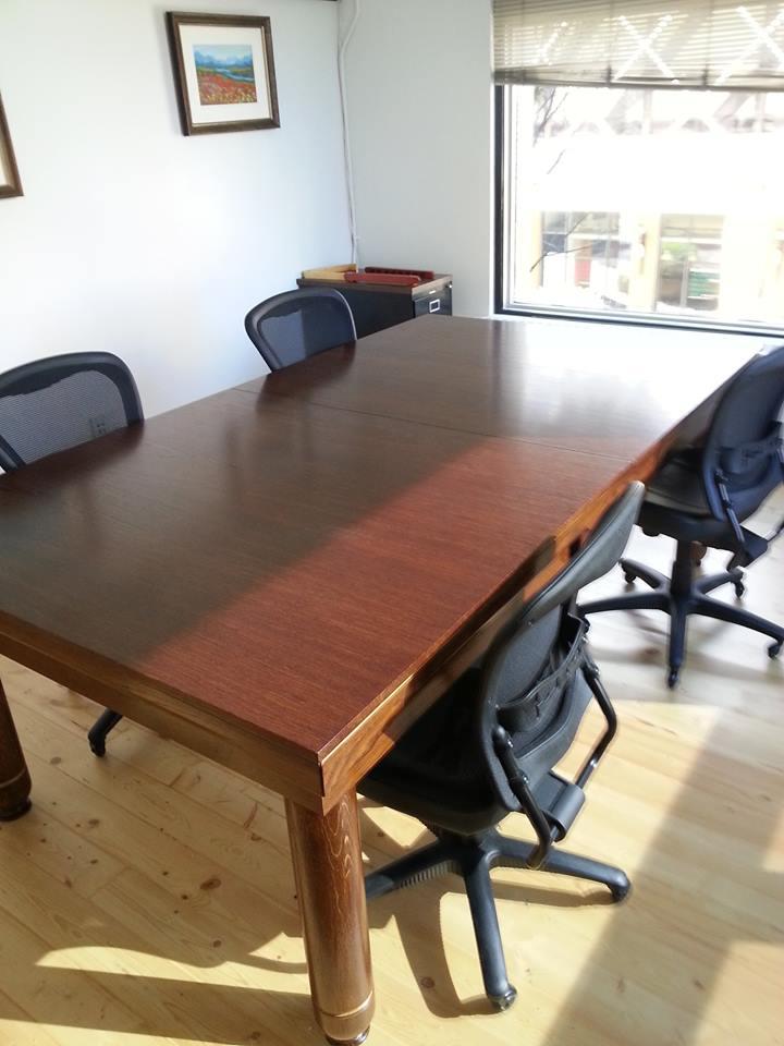 Nice Convertible Table, Alberta, Canada