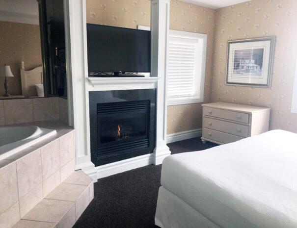 3 bedroom hotel suite collingwood blue mountain georgian bay hotel 1