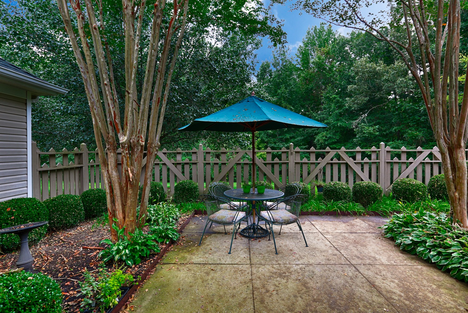 The Cottages Corinth, MS location outdoor space