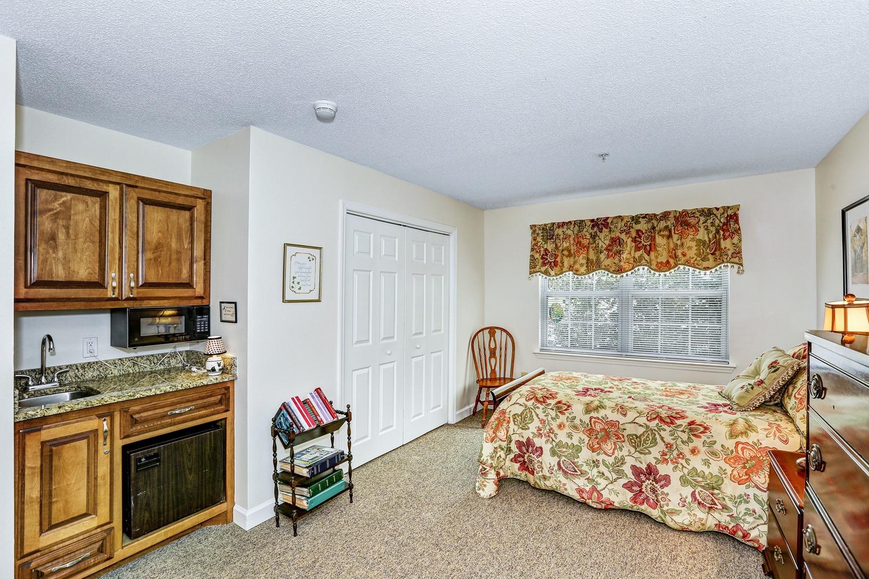 Mountain Brook - resident bedroom