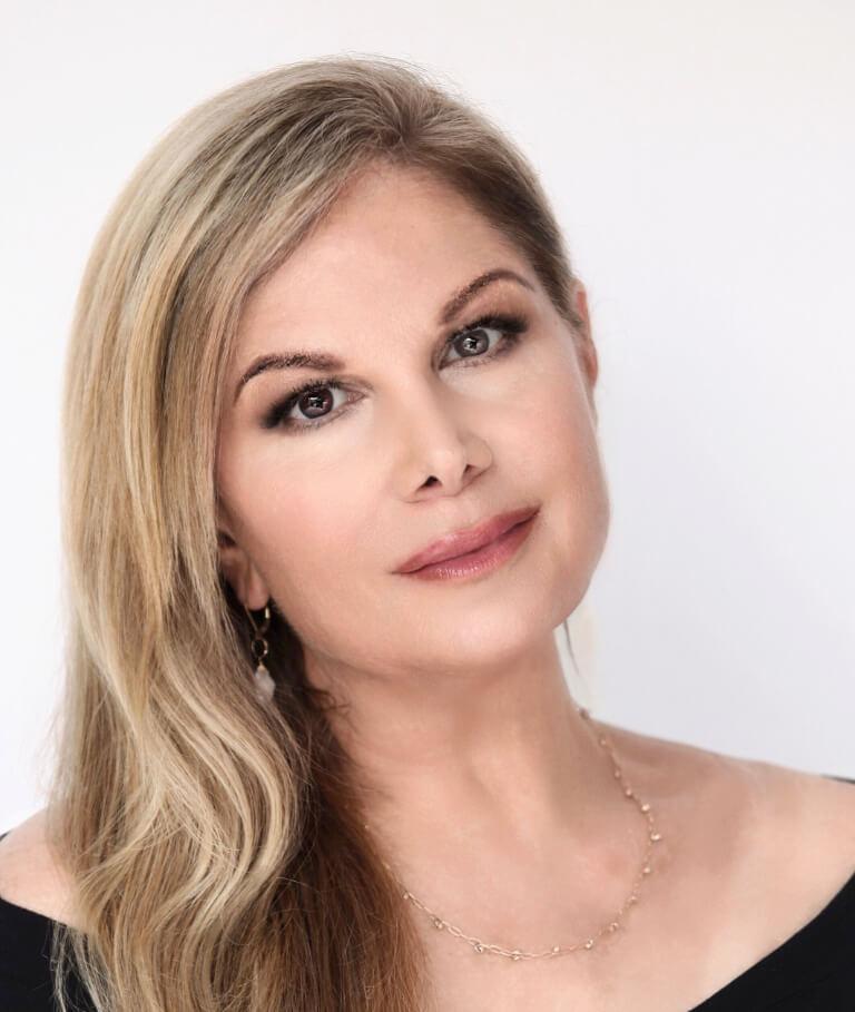 About Deborah Kobylt Profile Photo