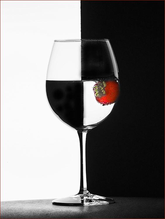 Joe Senzatimore - Strawberry Wine - Creative IOM