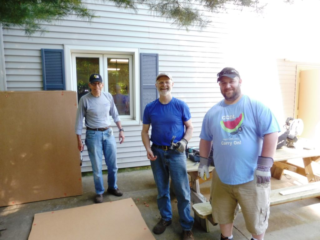 Norm, Tom & Scott assembling 200 yd frames
