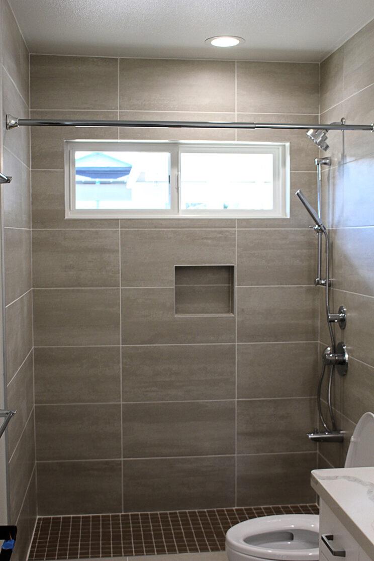 04-Guest-Bath