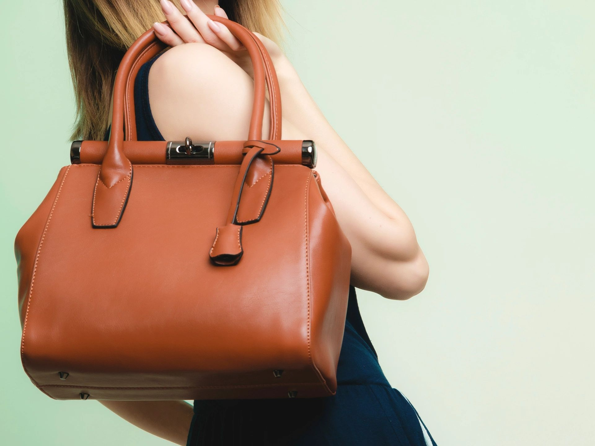 What's In the Bag? The Top 2015 Fashion Handbags Trends