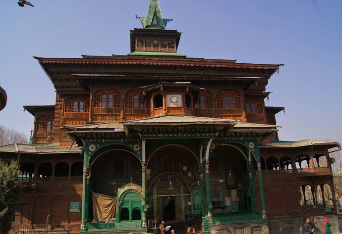 srinagar-heritage-of-fallen-stars-and-rising-suns