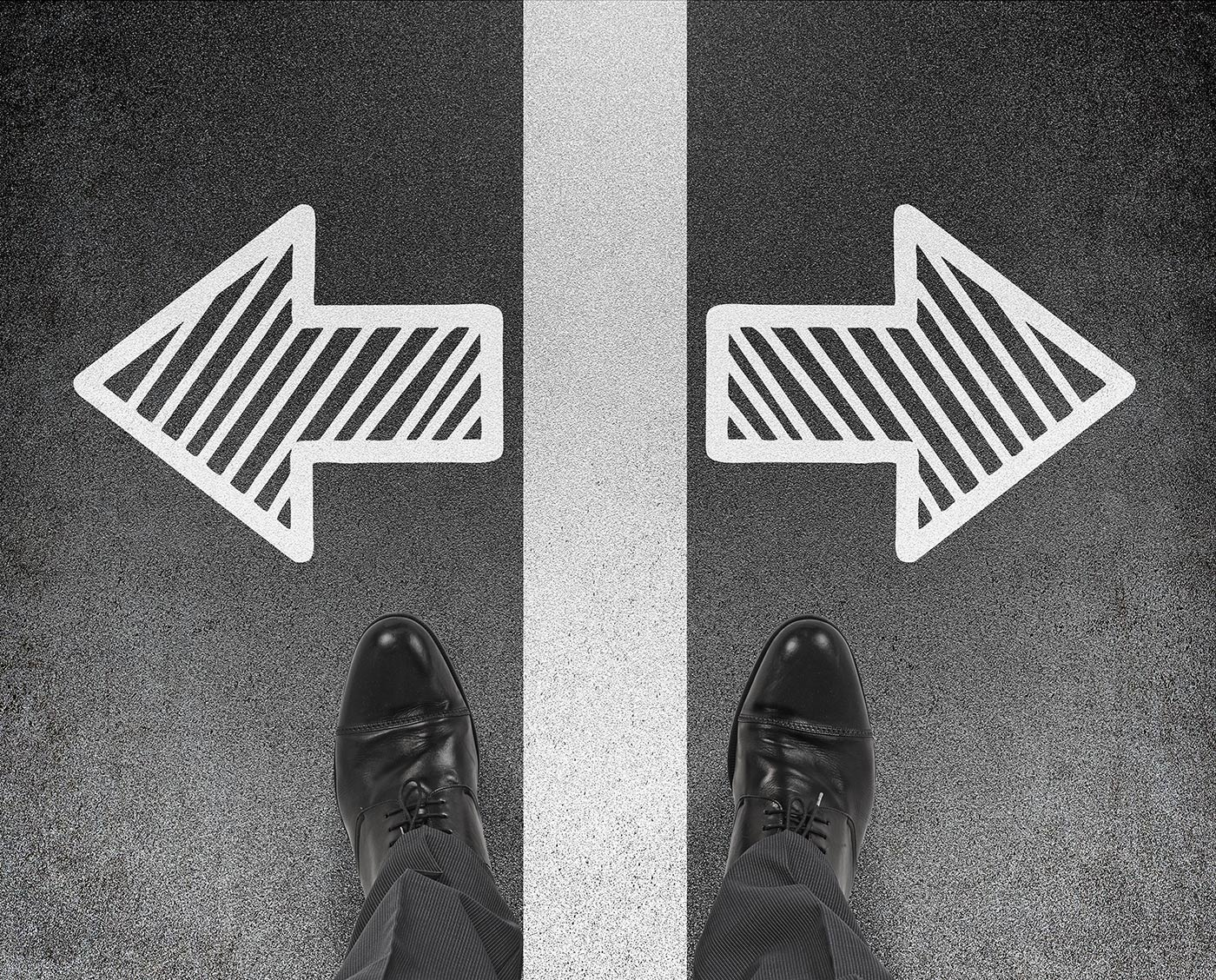 The Differences Between Decision Process and Paper Process in B2B Sales