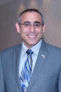 Consul General Chaim Shacham Photo