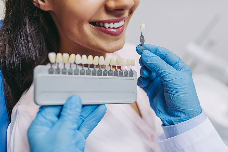 Replace-a-tooth-through-a-simple-short-implant-procedure