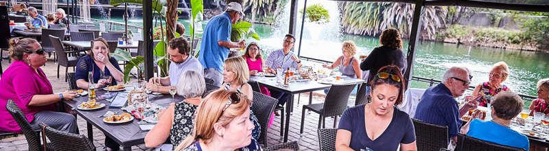 """The Summer Mixer at Anthony's Fish Grotto was a """"Hearty"""" Party!"""