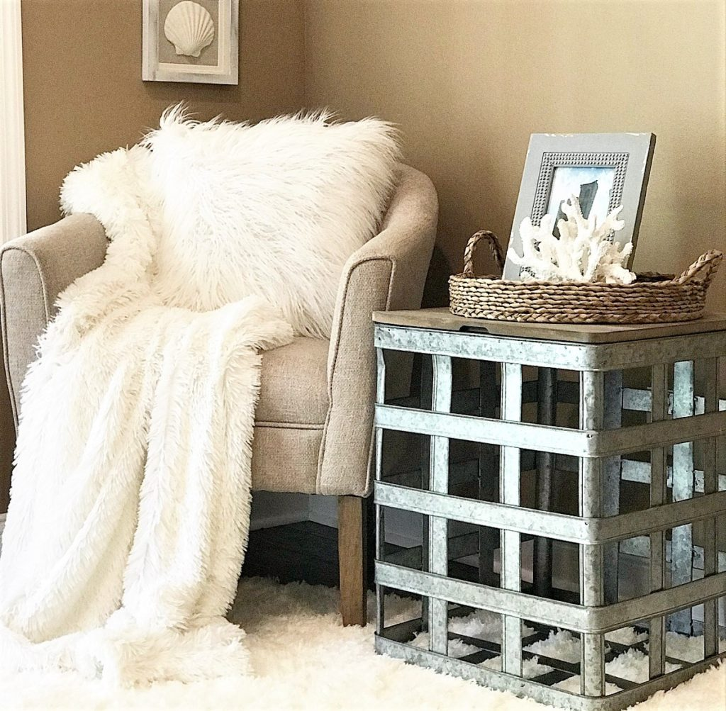 Coastal FarmHouse Style | How To Create A Cozy Sitting Area In Your Home