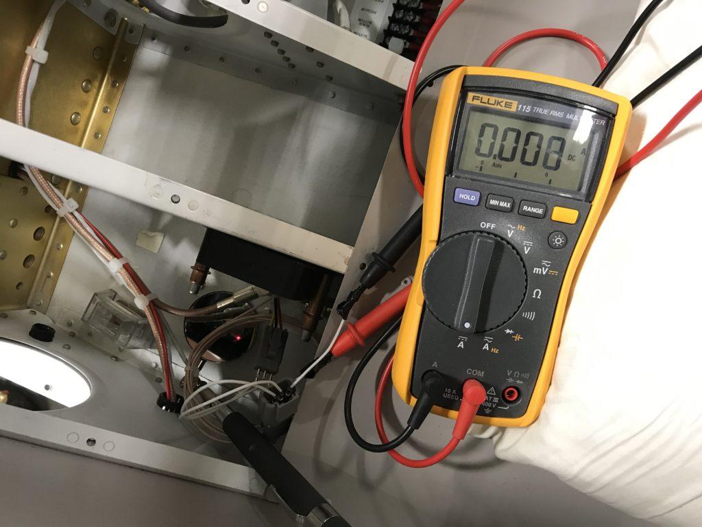 Measuring fuel sender current