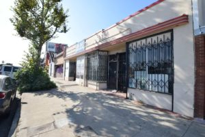 2137 Manchester Los Angeles 90047