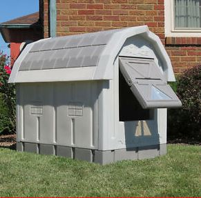 Insulated dog house - dogspeaking.com
