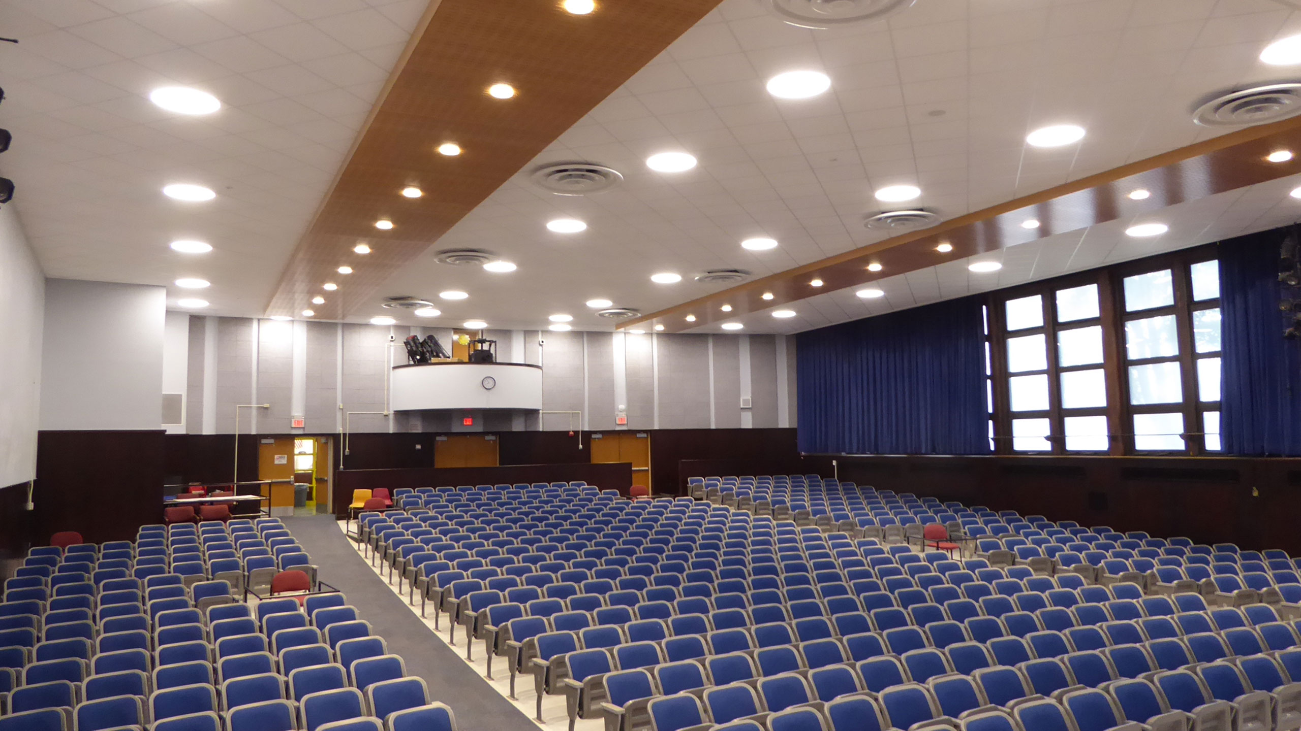 Van-Cortlandtvill-ES-Auditorium---Lakeland