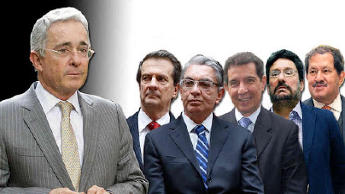 Álvaro Uribe Vélez, de caudillo a tirano  (Por: Jorge Gómez Pinilla)