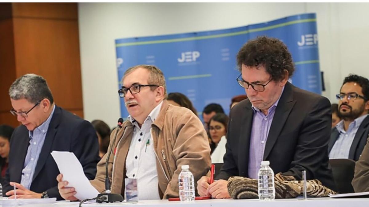 El Auto de Imputación de Cargos de la JEP y los problemas que descubre – Por: Juan Manuel  López C