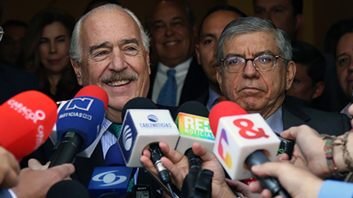 Partidos fantasmas y expresidentes fantasmas – Por: Juan Manuel López