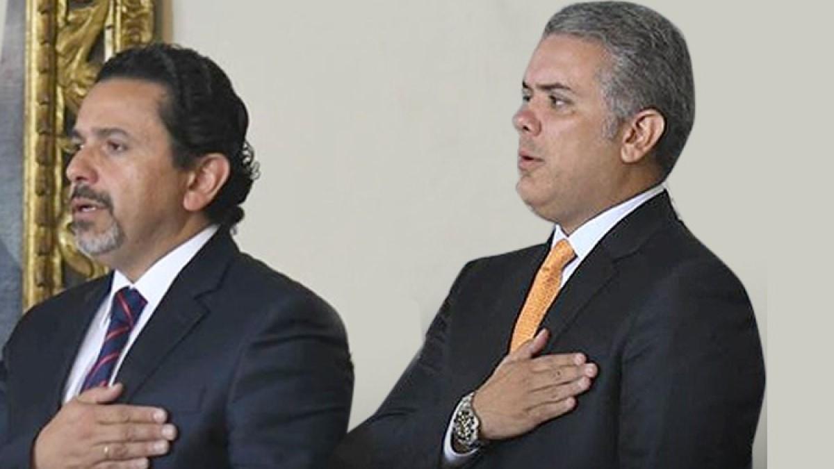 Gobierno negocia con negociador renunciado – Por: Cecilia López M