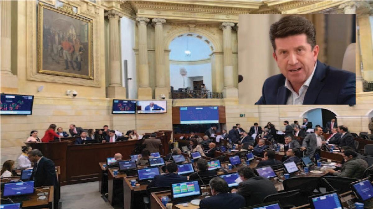 Congresistas que votaron a favor de Molano merecen el desprecio del pueblo