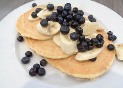 ok = Vegan Banana Bluberry Pancakes
