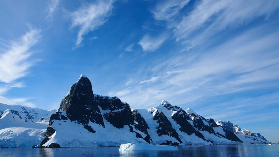 Extreme heat in Antarctica