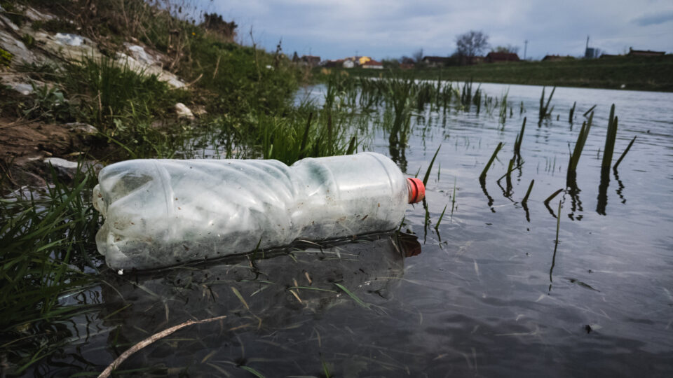 Making an infinitely recyclable plastic