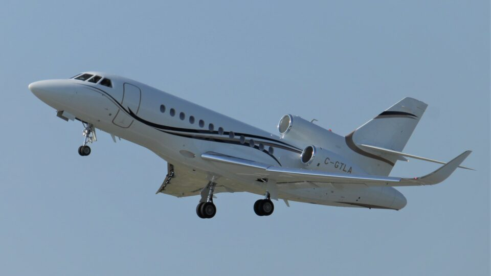 Private jets are trouble for the planet