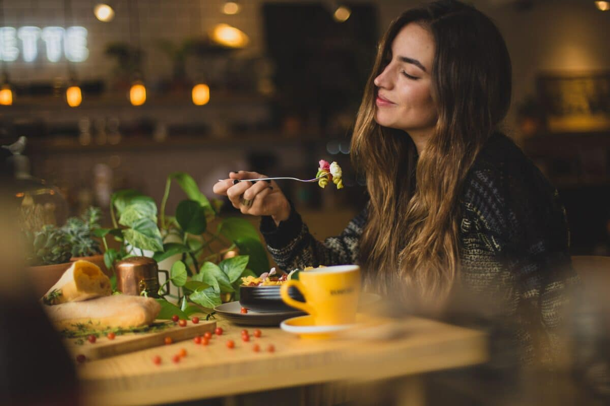 Mindful Eating for Sustainable Weight Loss