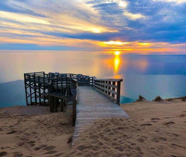 lookout 9-sleeping-bear-dunes-national-lakeshore