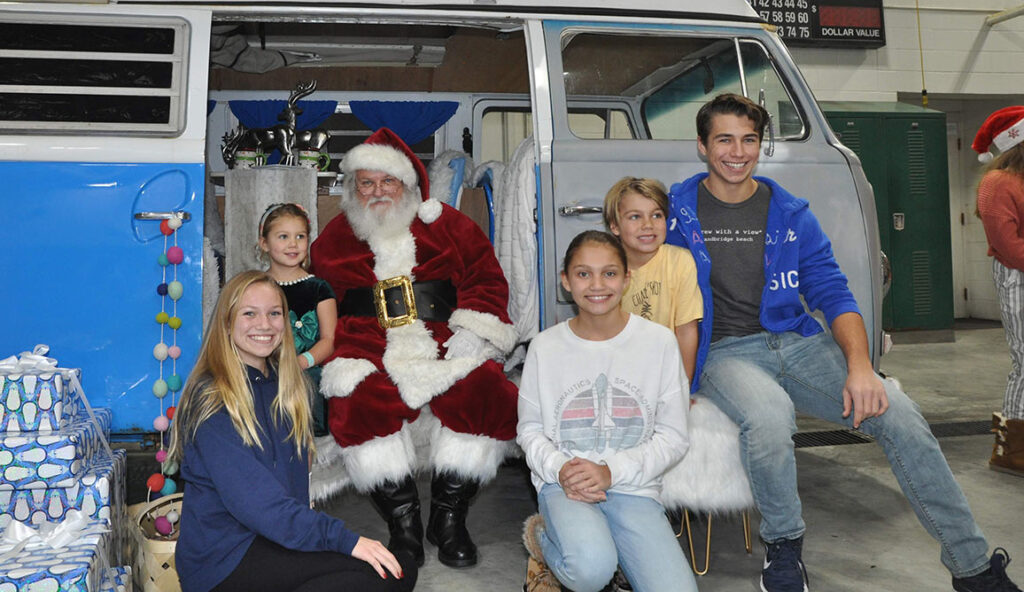 Santa Visits Sandbridge on Dec. 8th Highlights
