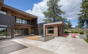modern home in Tetherow