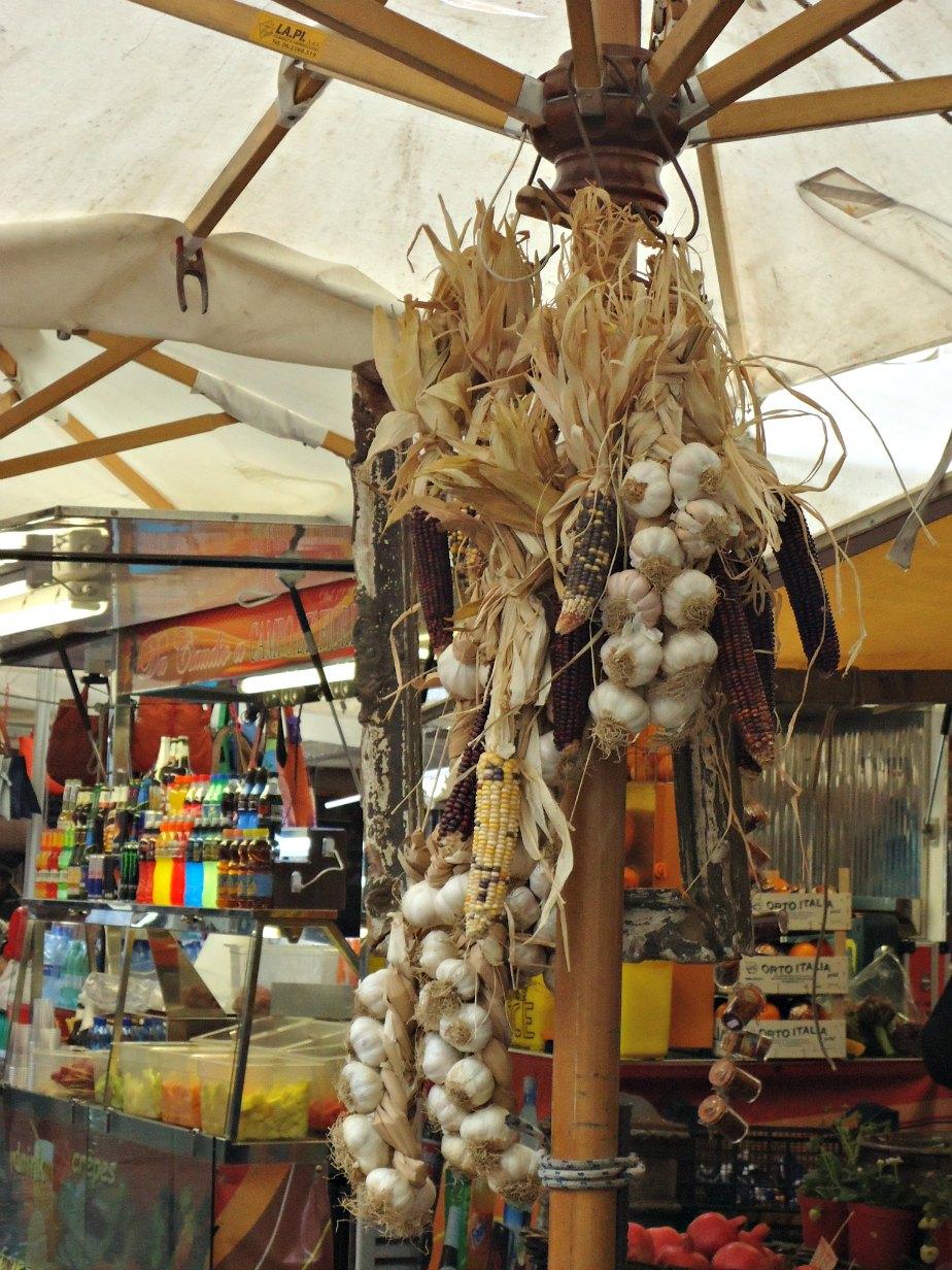 Garlic Chains at Campo dei Fiori
