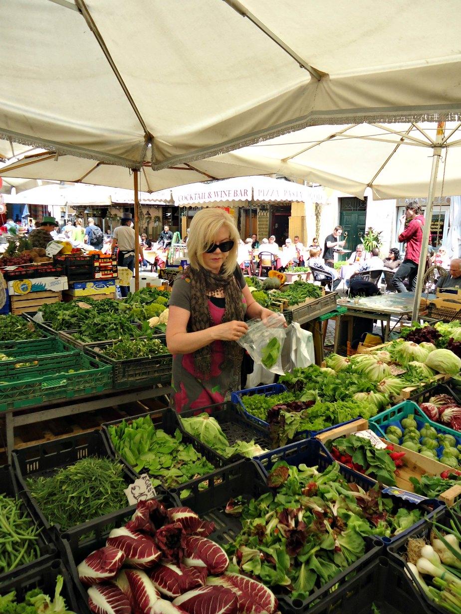 Selecting Salad Leaves at Campo dei Fiori