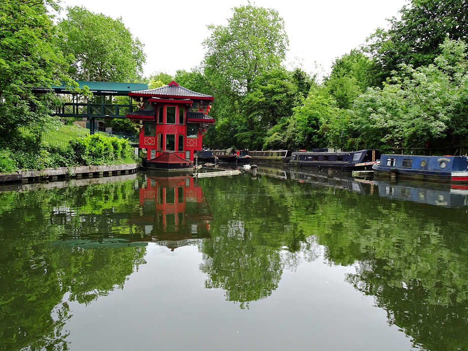 The Feng Shang Princess Chinese Restaurant on Regent's Canal