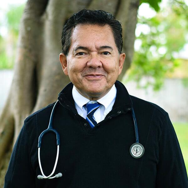 Dr. Cesar Berrios